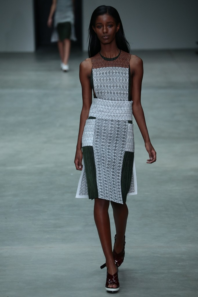 The fashion trends from Calvin Klein Spring 2014
