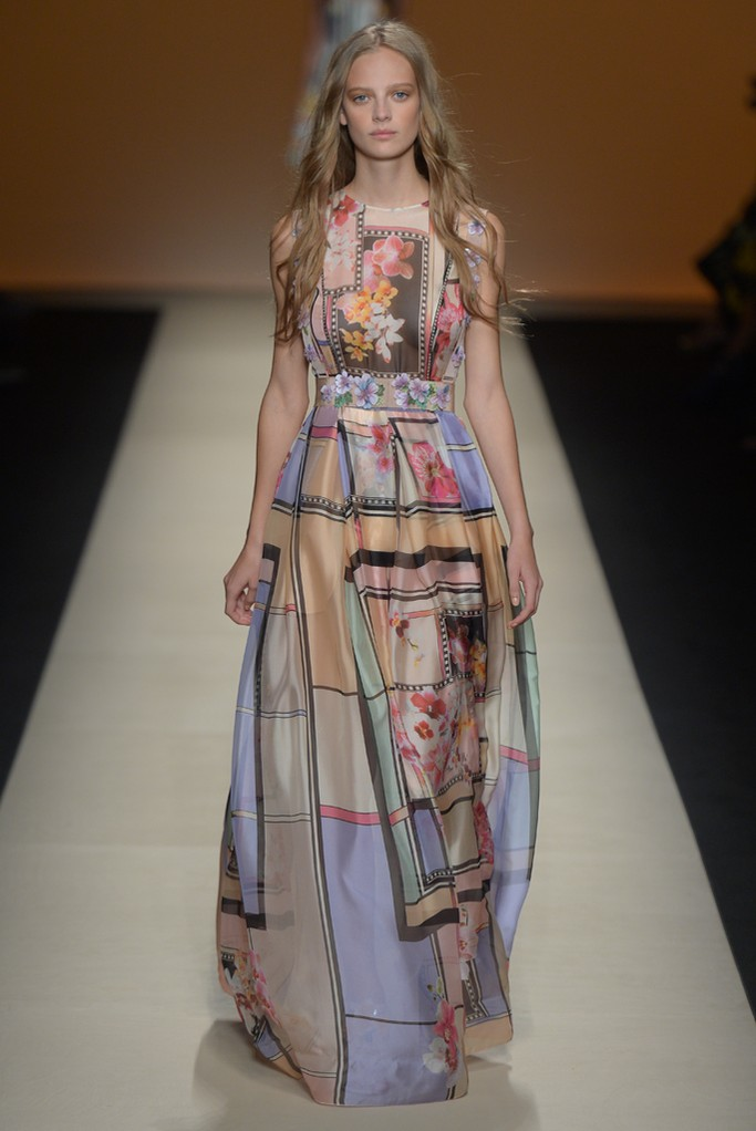 The goddess dresses at Alberta Ferretti Spring 2015 fashion show