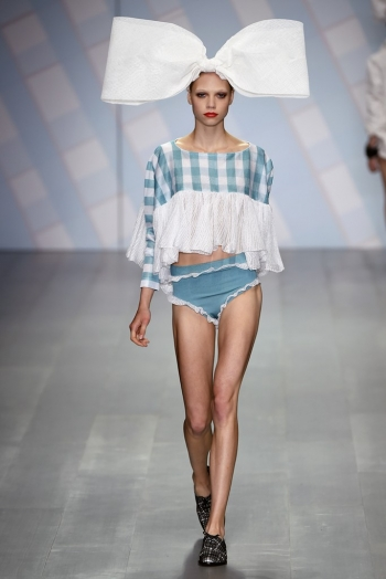 Spring 2015 top trends from the fashion shows