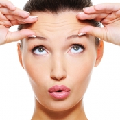 Natural recipes to lose eye wrinkles