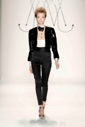 Latest fashion trends - womens tuxedo trend