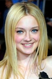 Dakota Fanning Now & Then