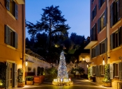 Fendi reveals its Christmas Tree in Rome