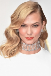 Finger Waves, a trend on the Red Carpet at the Oscars