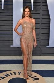 Le Look d'Alessandra Ambrosio pour fêter l'Oscar