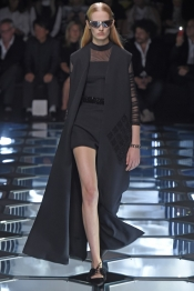 Balenciaga Printemps 2015, Paris Fashion Week