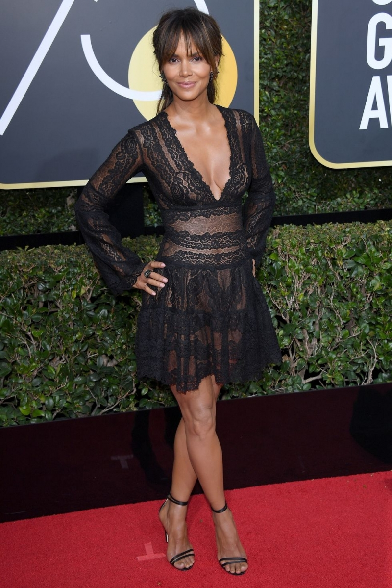 All Black for Golden Globe Red Carpet