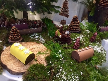LAC House in Nice Unveils its Chritsmas 2018 Collection