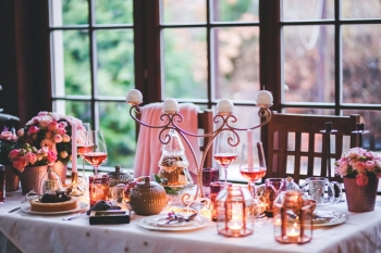 4 Types of Events That You Should be Attending During the Holidays