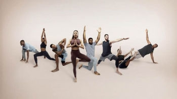 Nike launches its collection Yoga for Men and Women