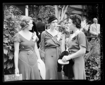 Meet The Original Influencers from the 30s and 40s Fashion