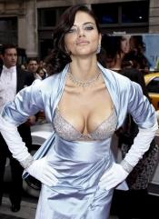 Adriana Lima's 2 million dollars bra
