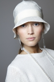Celebrity style guide - Ralph Lauren beauty style for SS 2012