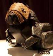 Designer fashion trends - LVMH buys  Heng Long, the crocodilian leather company