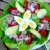 Traditional Nicoise salad
