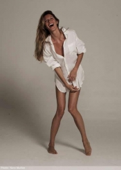Gisele Bundchen launches new clothing collection