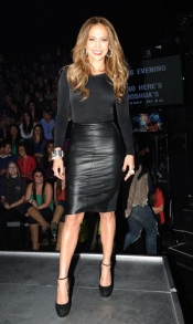 Jennifer Lopez look at American Idol