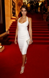 Jessica Alba en robe Narciso Rodriguez