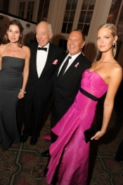 Many celebrities gathered at Breast Cancer Research Foundation Gala