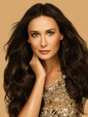 Oriflame Announces Partnership With Hollywood Star Demi Moore