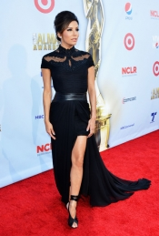 Eva Longoria In Monique Lhuillier at 2012 ALMA Awards