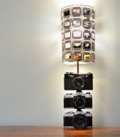 DIY lamp with vintage photo cameras