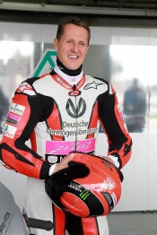 Schumacher, McGuinness and Mamola ride at Paul Ricard Circuit