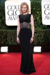 Nicole Kidman in Alexander McQueen at Golden Glob