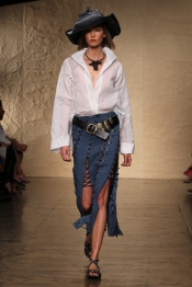 Urban trend from the fashion collection Donna Karan Spring 2014