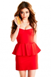 Sarah Hyland on set for Heart Calgon campaign