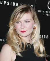 Kirsten Dunst in Dior Joaillerie at the premiere of Upside Down