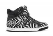 Michael Kors sneakers for its Facebook fans