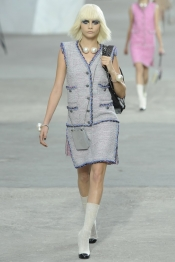Chanel Spring 2014 trends - art and fashion