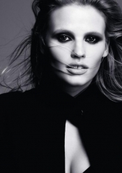 Lara Stone, fashion icon, muse for L'Oréal Paris