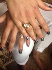 Lena Dunham, Tatiana Maslany & Camila Alves' Golden Globe Nail Art
