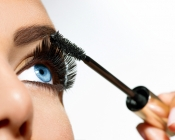 Beauty tips: How to avoid getting your mascara dry?