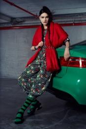 La Jaguar XE, vedette d'un défilé de mode original de Jean-Paul Lespagnard