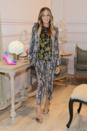 Sarah Jessica Parker teams up with Zappos Couture
