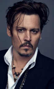 Johnny Depp, the first man ever as the Dior image