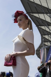 Royal Ascot vs. Prix de Diane Longines Hats and Style