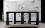 Karl Lagerfeld et ses sculptures présentés a Paris