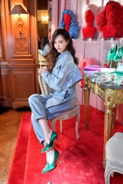 Roger Vivier Fall/Winter 2019-2020, Collection Daydream Vivier