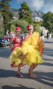 Provençal Retro Chic Flowers for the 6th Edition of Ladies Rally Vintage Cars Monaco