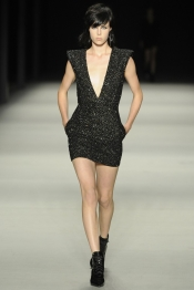 Le defile de mode Saint Laurent Printemps 2014