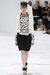 Chanel Couture Fall 2014 Fashion Show