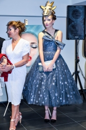 Fashion & Art exposition at the Mercedes Benz showroom