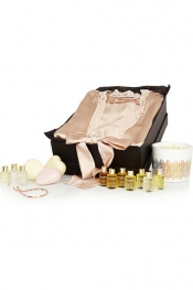 NET-A-PORTER GIFT BOXES The Pamper Box